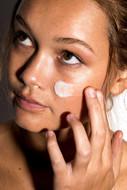 Dr. Bandt, Hydo-biotinė atstamoji naktinė veido kaukė HYDRO BIOTIC RECOVERY